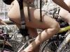 Фото девушки на велосипеде